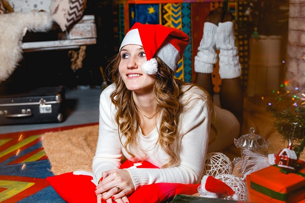 Even if you're spending the holidays alone, you might want to say a little prayer of gratitude this year for everything you still have. (Anastasia Fasta/Shutterstock)